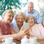 Quelles sont les solutions d'hébergement pour les personnes âgées autonomes?
